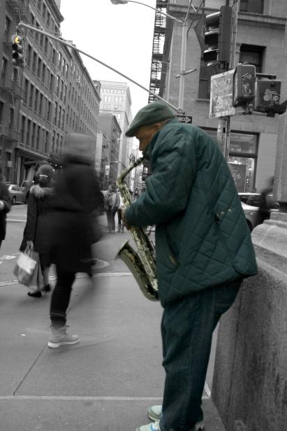 Trompetista de N.Y. Manhattan. 2x de diciembre del 2014.
