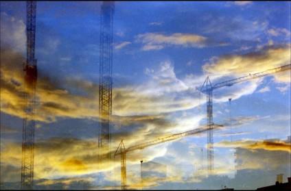 Gruas en el cielo del Ensanche de Alcalá de Henares