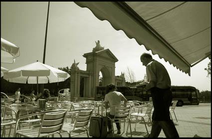 En la Puerta de San Vicente, verano del 2007 en Madrid.