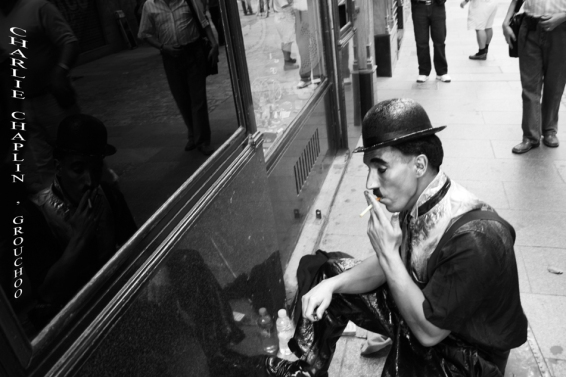 Charlie Chaplin en la C/ Postas, Madrid III