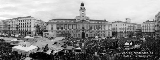 Plaza de Sol jueves 19/05/2011. A las 20:15