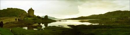 Vista panorámica de Eilean Donan Castle, Escocia