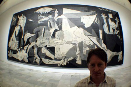 Ewan´s portrait  in Guernica, Museo Reina Sofía. Madrid. Spain.