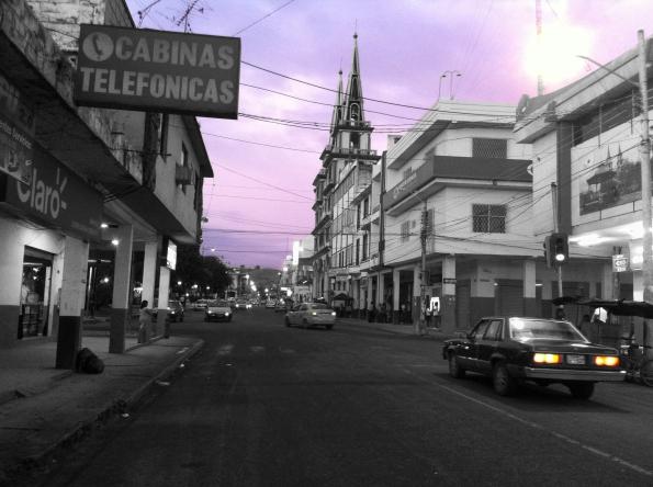 posTAL 2. Yendo a la plaza del centro, Jipijapa