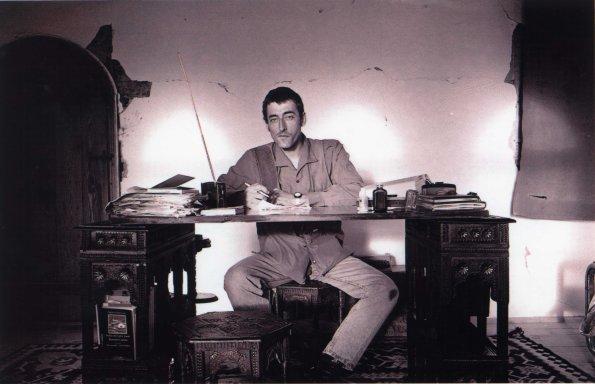 El gran periodista Miguel Gil en Mostar (Bosnia-Herzegovina) en 1993 Foto de Fernando Quintela