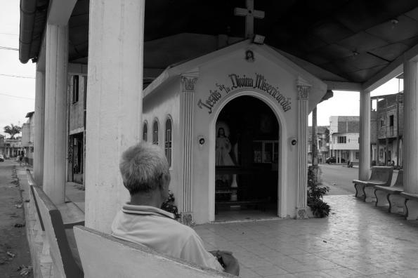 Ermita yendo al centro de Jipijapa. Junio del 2013.
